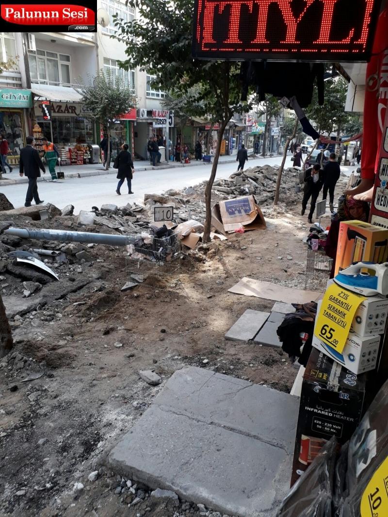 Elazığ Belediyesi`nin Yık-Yap İşleri Esnafı Bıktırdı-FOTO GALERİ