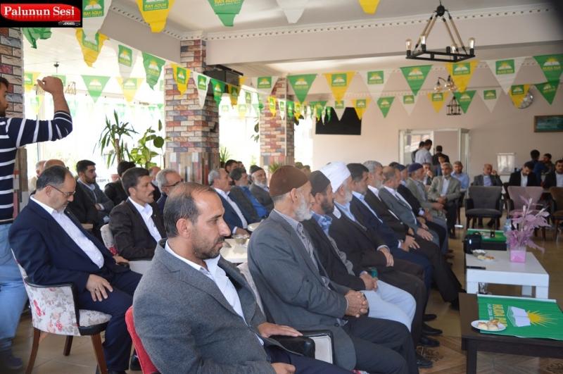 Divan üyeleri seçildikten sonra Faaliyet raporu Abdulgafur SAYLAN tarafından okudu.