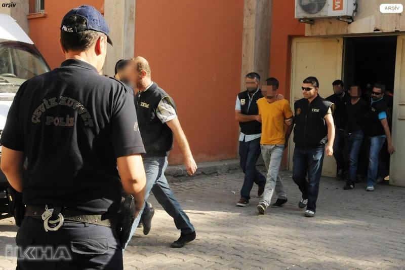 Elazığ`da 3 kişiyi yaraladıktan sonra kaçan şahıslar yakalandı