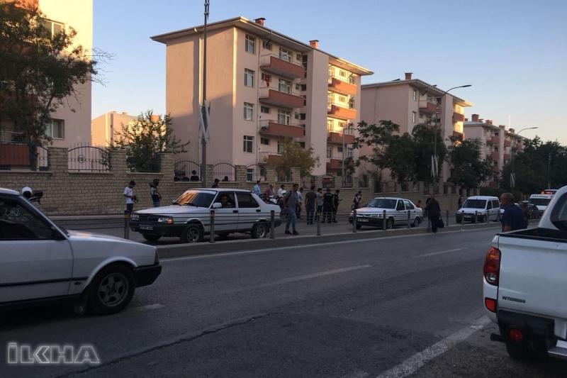 Elâzığ'da silahlı saldırı: Bir polis yaralı