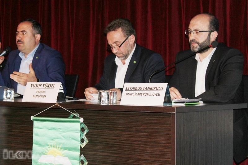 HÜDA PAR Elazığ`da Kendi Siyasetini Anlatan Panel Düzenledi