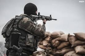 İstihbaratçılar güvenlik kulübesine saldırdı