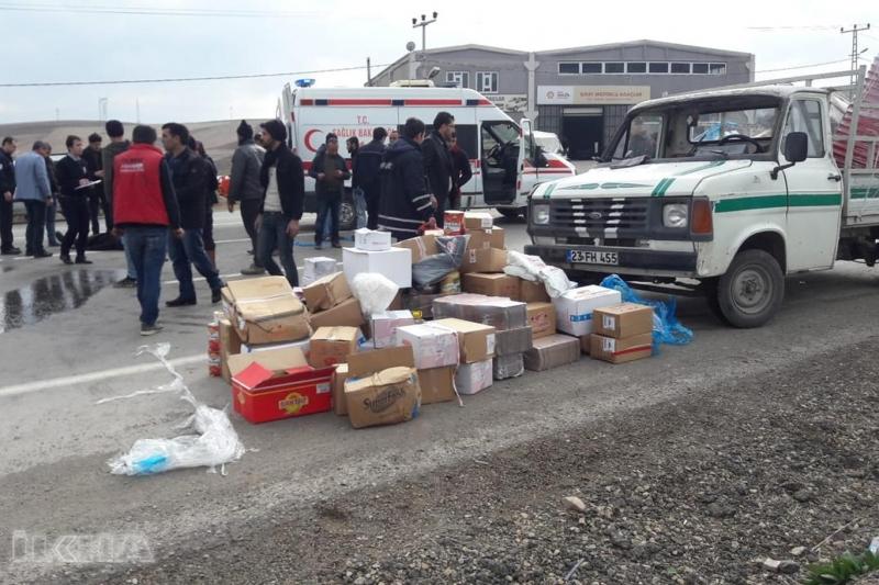 Kovancılar`da Devrilen kamyonetin sürücüsü yaralandı