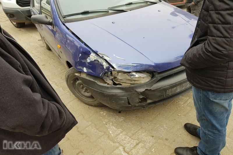 Kovancılar`da Pikap otomobille çarpıştı