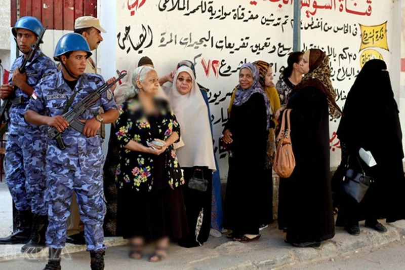 Mısır'da tehditlere rağmen seçimlere katılım düşük oldu