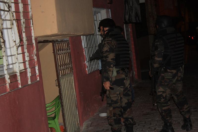 Palu`da Pkk Operasyonu: 4 Gözaltı