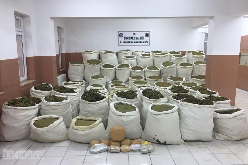 PKK Opersyonunda 3 Ton Esrar Ele Geçirildi