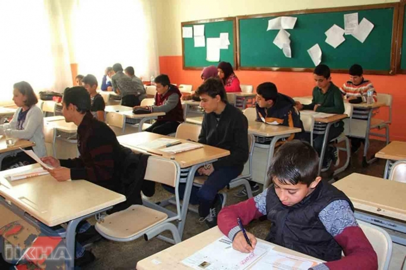 Sınavla öğrenci alacak liseler belli oldu